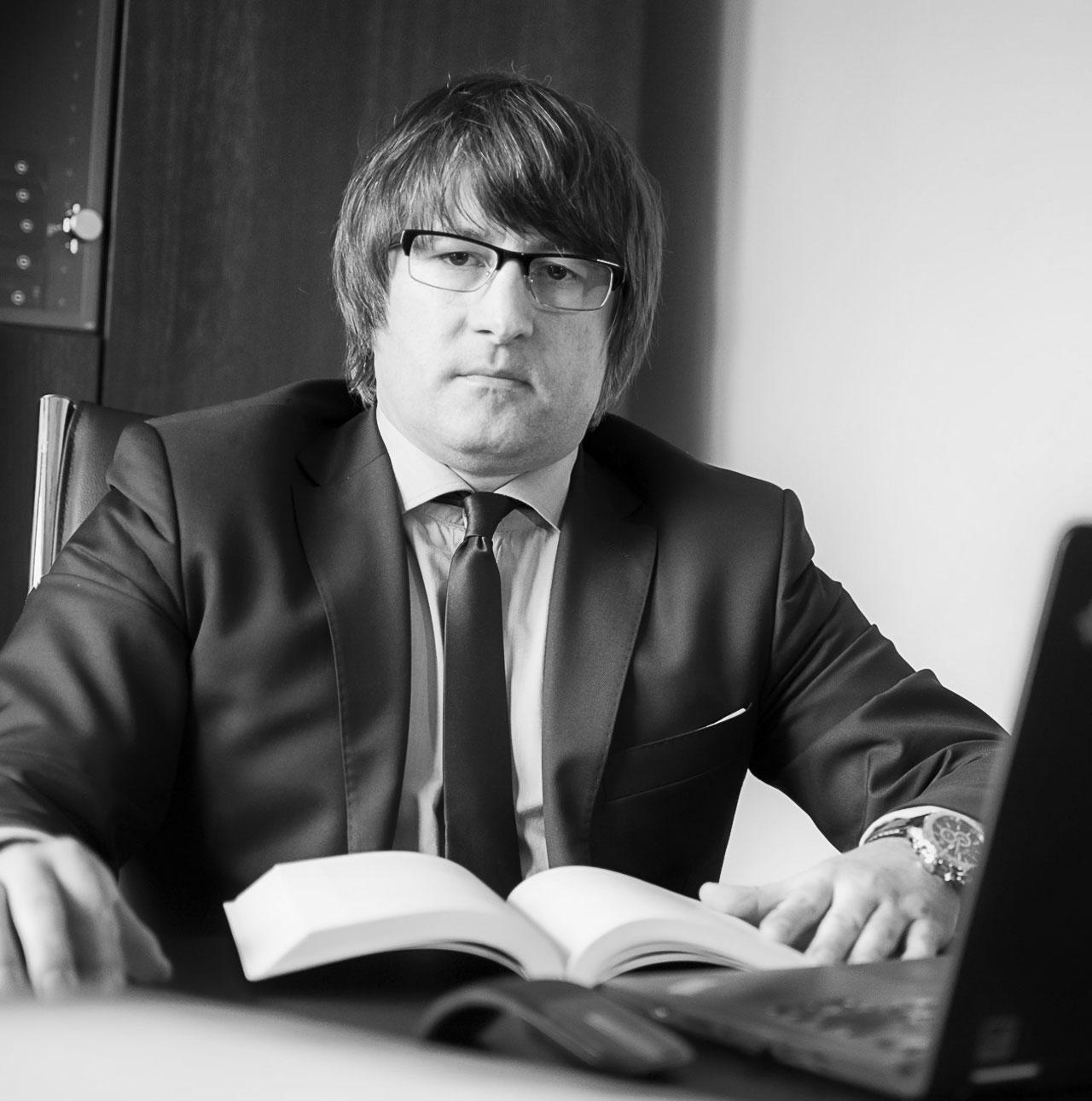 Adwokat Grzegorz Szubra