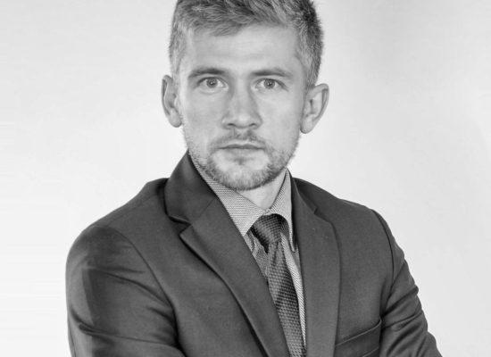 Adwokat Paweł Kuźniar